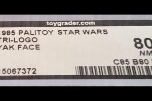"""Incluso a los mega fans de la trilogía original les es difícil reconocer al instante el nombre 'Yak Face'. El personaje de bajo perfil apareció en """"Return of the Jedi"""" y la figura de 1985 fue lanzada justo antes del colapso de toda la línea. Foto:vía ebay.com. Imagen Por:"""