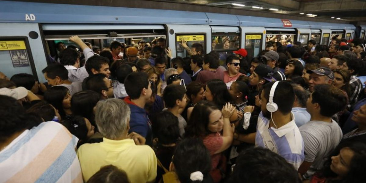 Metro restablece servicio tras una hora de interrupción en Línea 2