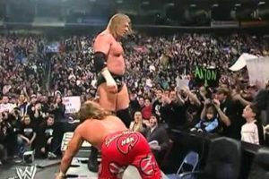 Shawn Michaels vs Triple H en Royal Rumble 2004 Foto: WWE. Imagen Por: