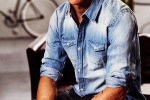 """A sus 30 años ha mejorado su estilo de cabello y al vestir, lo que lo hace un """"treintañero"""" atractivo. Foto:Vía instagram.com/fernandotorres. Imagen Por:"""