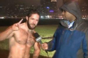 Ethan Renoe se hizo famoso cuando lo entrevistaron en un canal local. Corría sin camiseta. Foto:vía Youtube. Imagen Por: