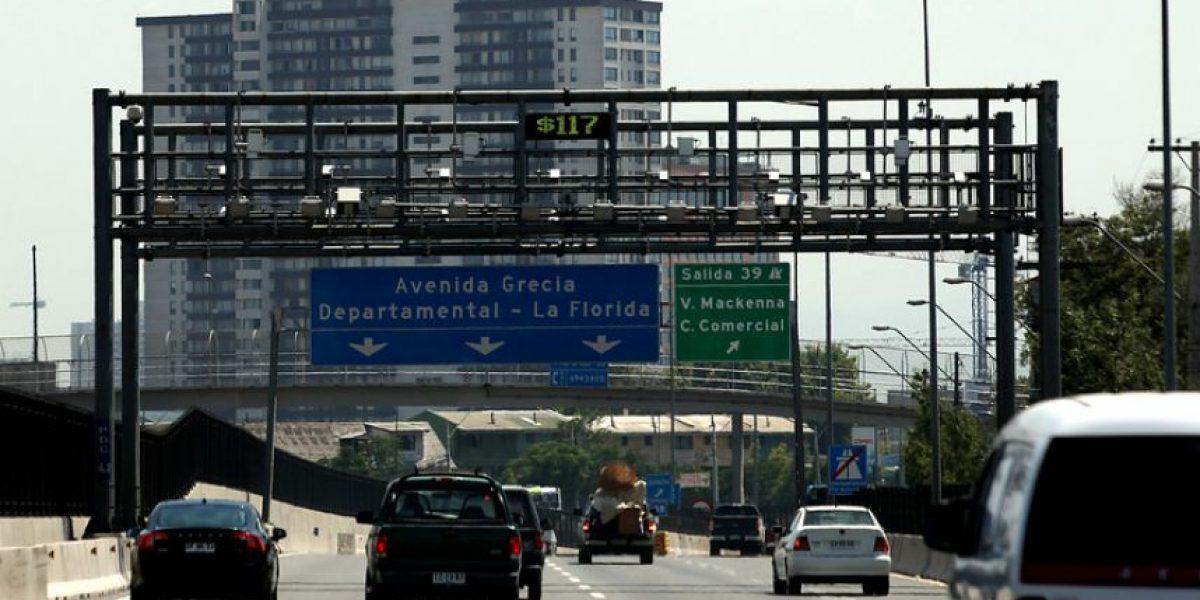 Municipios denuncian alzas de autopistas urbanas sobre el 20% en tres años