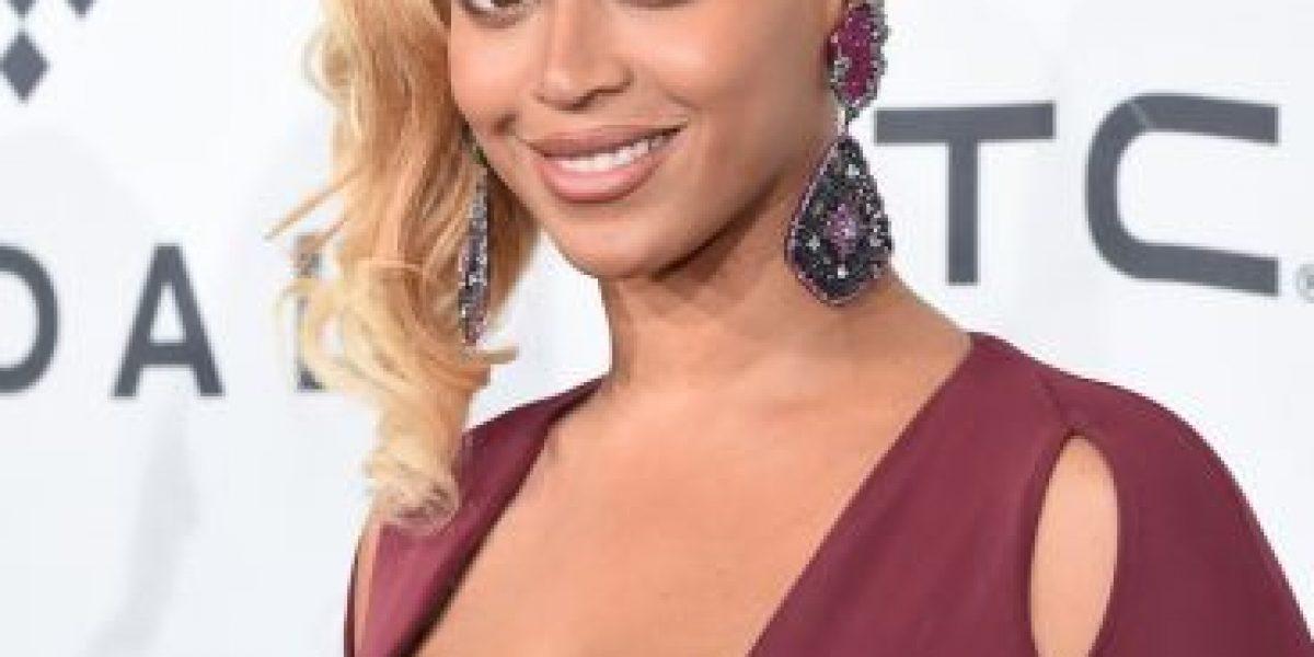 Fotos: Beyoncé salió a la calle vestida igual que un árbol de Navidad