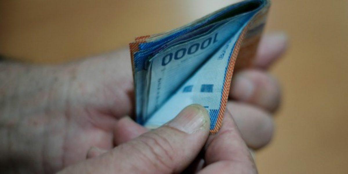 Deuda promedio de clientes de bancos aumenta entre 2014 y 2015