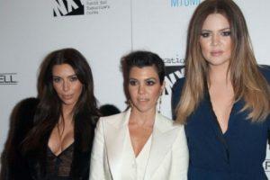 El autocorrector del iPhone trollea a las Kardashian. Foto:Getty Images. Imagen Por: