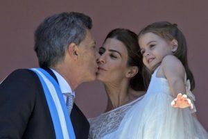 Esta decisión generó polémica, pues no lo consultó con el congreso Foto:AFP. Imagen Por: