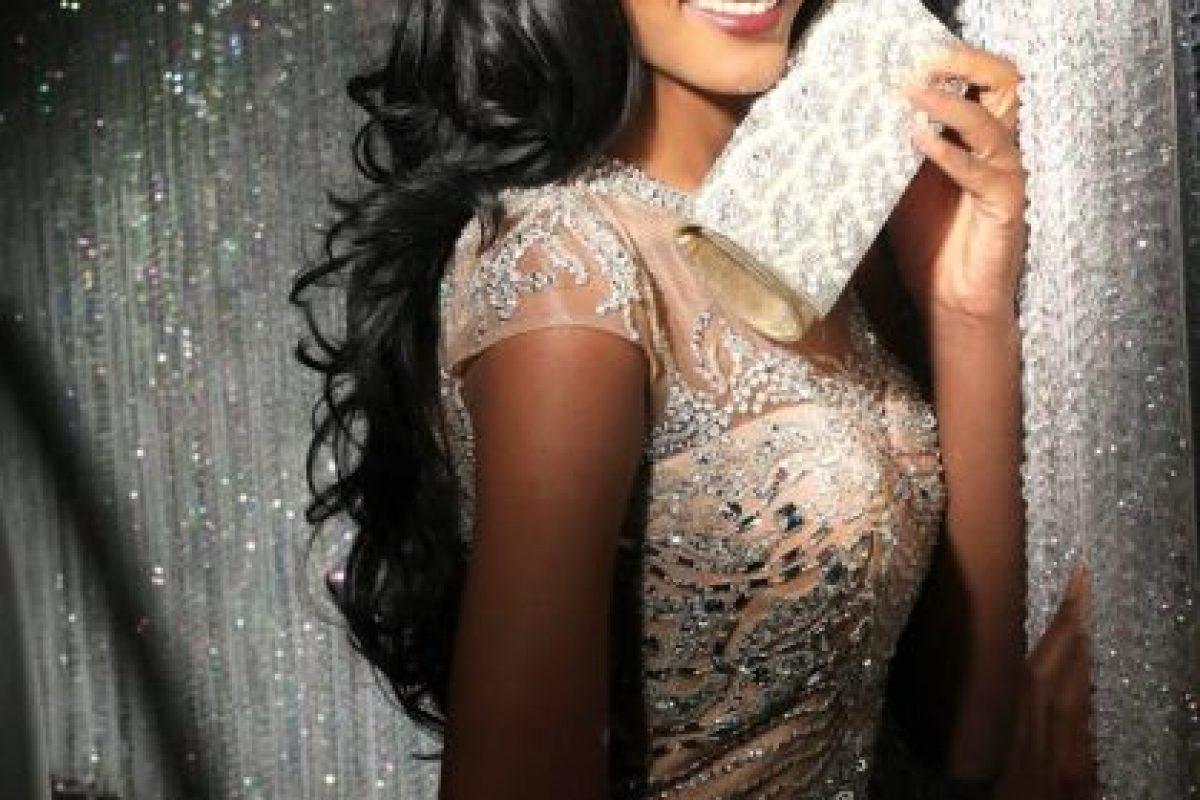 Whitney Houston A. Shikongo es Miss Angola Foto:vía facebook.com/MissUniverse. Imagen Por: