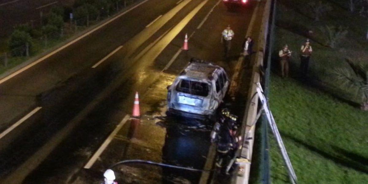 Bomberos llegó al lugar: investigan explosión de vehículo en Avenida Kennedy