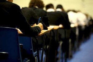 Uno de cada cuatro estudiantes será víctima del bullying o acoso escolar por parte de otro joven. Foto:Getty Images. Imagen Por: