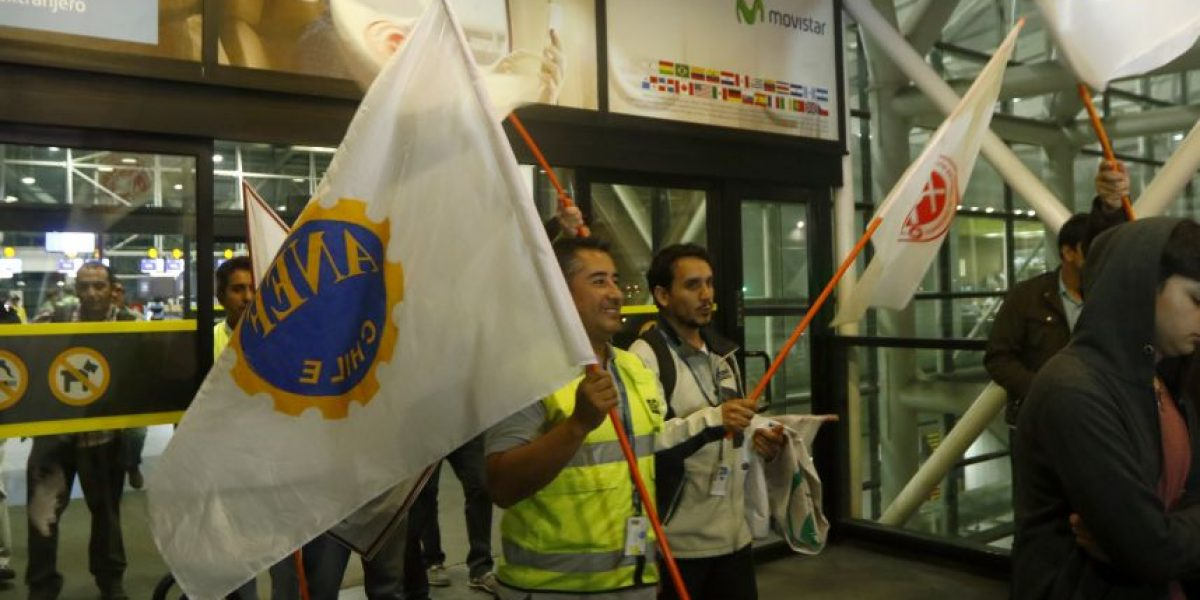 Trabajadores de la Dgac dan inicio a paralización que se extenderá por 48 horas
