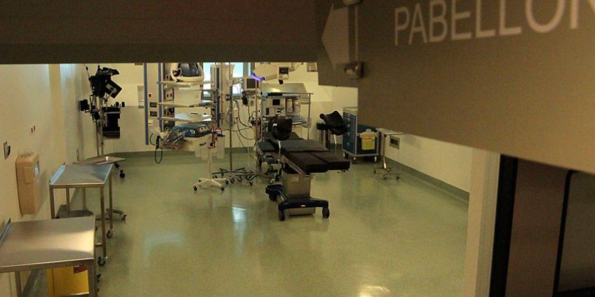 Pareja denuncia negligencia médica: su primer hijo murió un minuto después de nacer