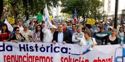 Día de movilizaciones: estudiantes y profesores marchan por la Alameda