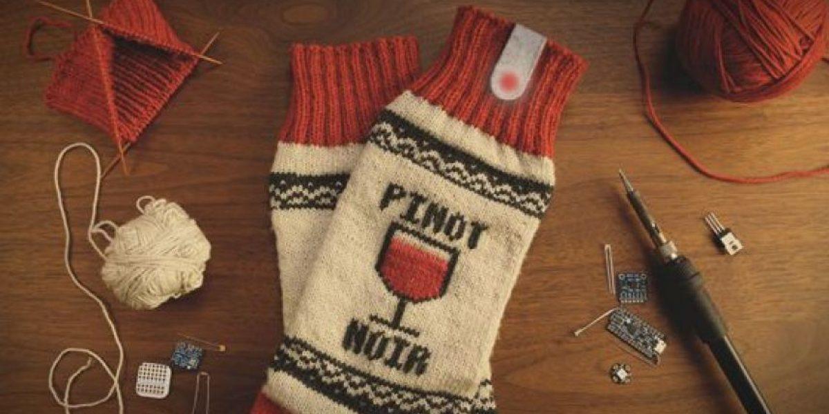 Muy freak: Idean calcetines que ponen en pausa lo que estés viendo  cuando te duermes