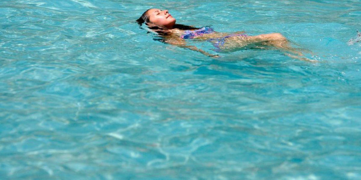 23 niños lesionados en piscina de Maipú: investigan alta concentración de cloro