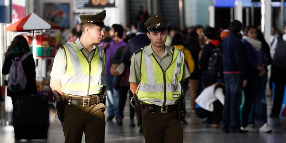 """Paro de la Dgac: trabajadores acusan al Gobierno de """"presión militar"""" y creación de """"listas negras"""""""