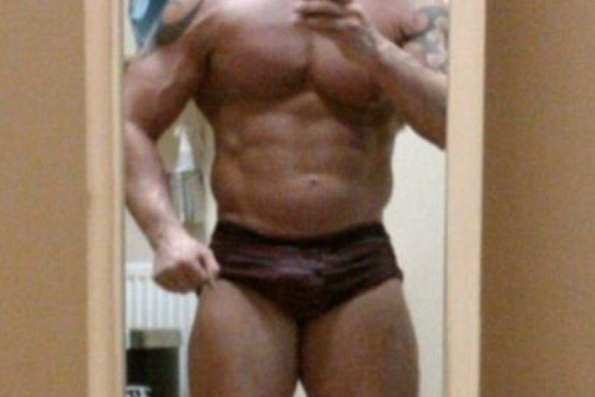Así lucía Dean antes de abusar de los esteroides. Foto:Vía Facebook/Dean.wharmbypt. Imagen Por: