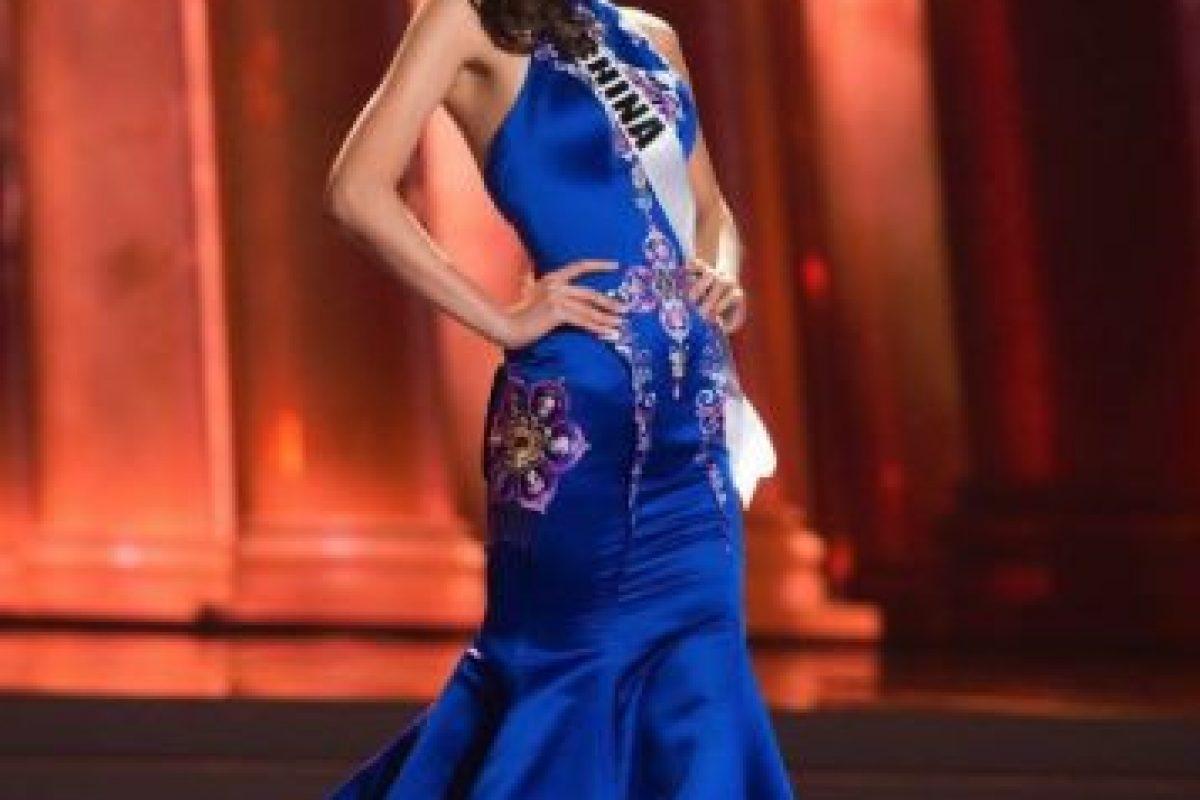O vestidos que no ajustan bien y se ven con arrugas. Foto:vía Facebook/Miss Universe. Imagen Por: