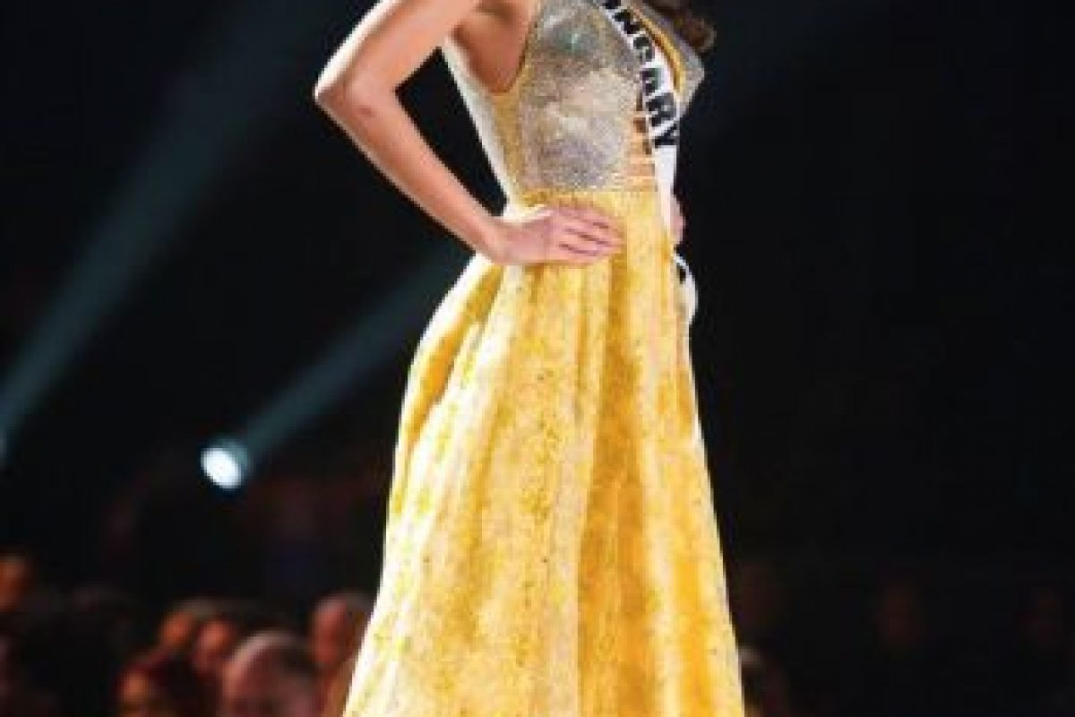 Aquí también el contraste de materiales es burdo. Foto:vía Facebook/Miss Universe. Imagen Por: