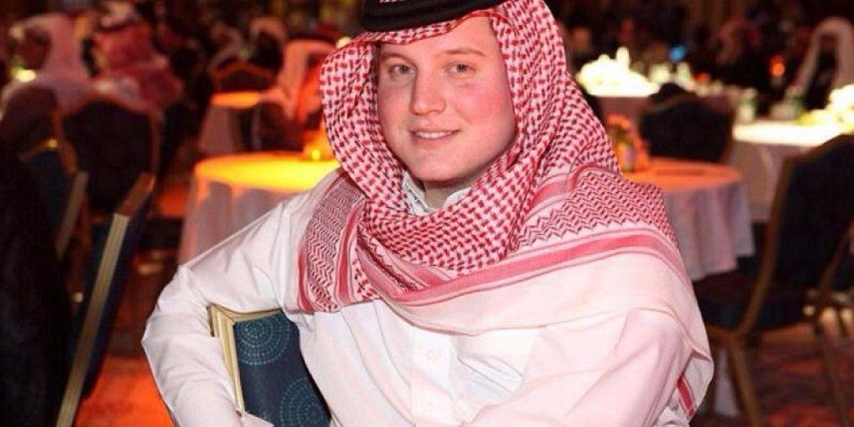 ¡WTF! Un joven rubio de Texas se convirtió en ídolo árabe en YouTube