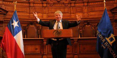 Hugo Dolmestch es nombrado nuevo presidente de la Corte Suprema