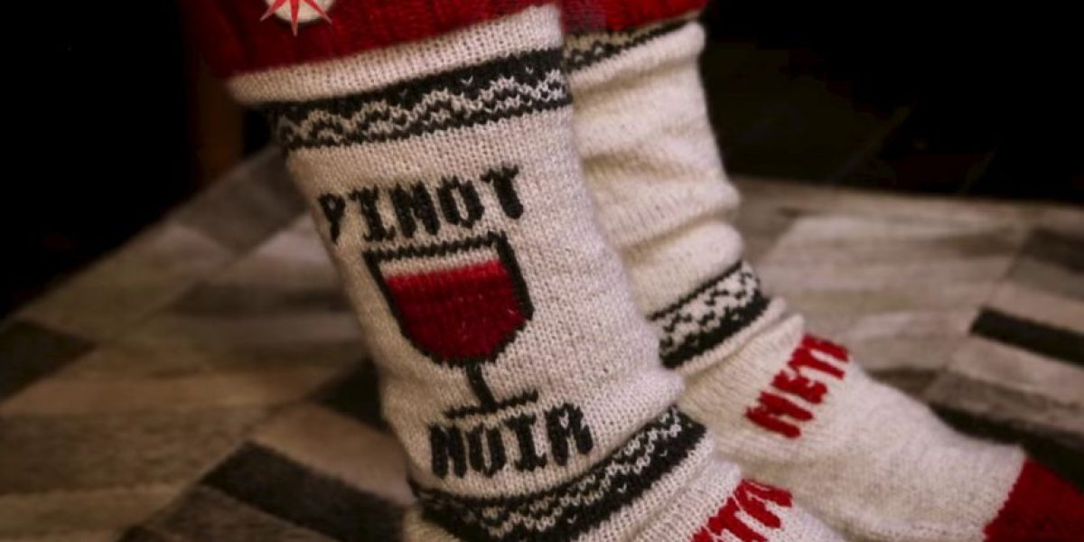 Video: Estos calcetines pausan Netflix cuando se quedan dormidos