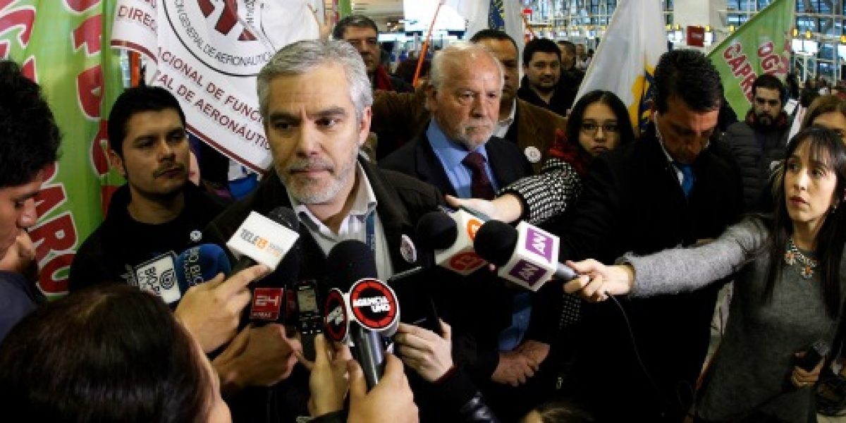 Paro Dgac: José Pérez insistió que no están las condiciones mínimas de seguridad para los vuelos