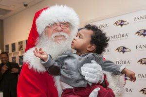 La vestimenta que lo caracteriza es su gran barba blanca Foto:Getty Images. Imagen Por: