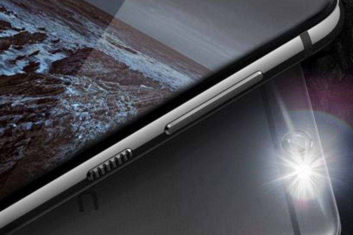 5.- Este modelo tiene un costo de 200 dólares aproximadamente. Foto:HTC. Imagen Por: