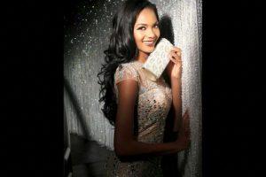 Whitney Houston A. Shikongo es Miss Angola Foto:Facebook.com/MissUniverse. Imagen Por: