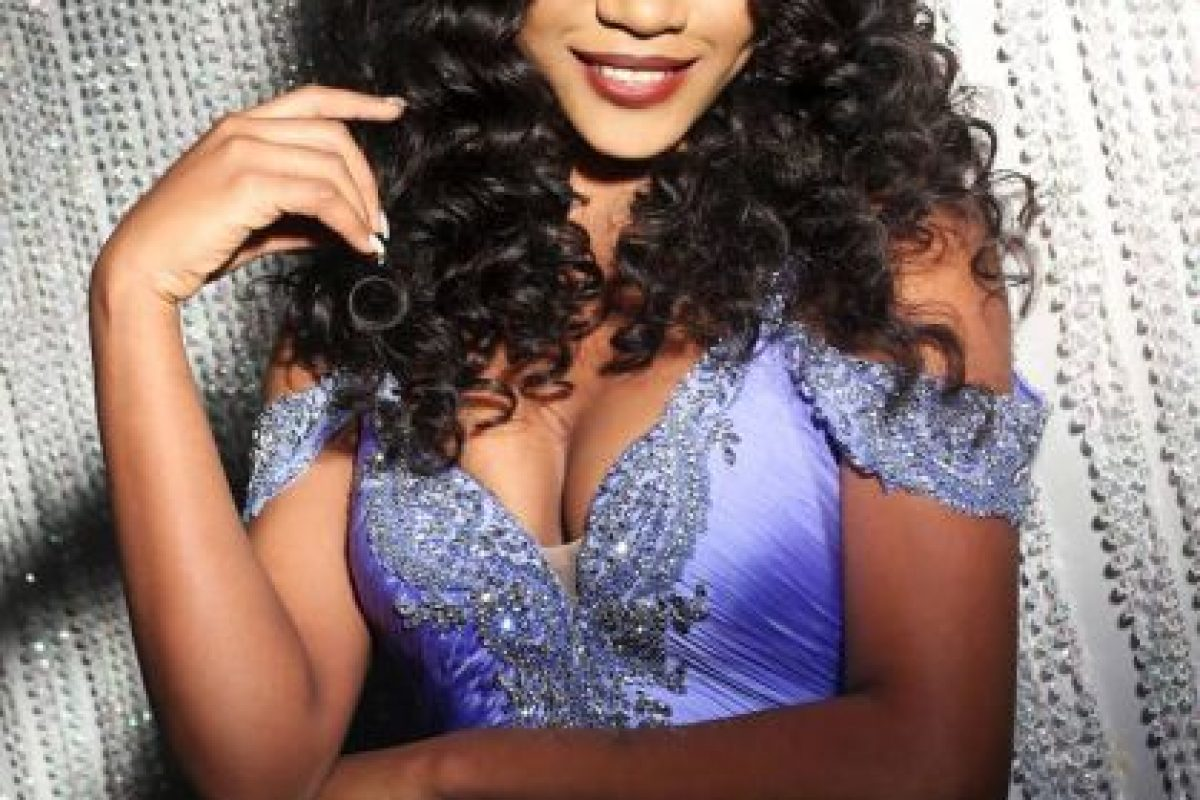 Ornella Obone es Miss Gabón Foto:vía facebook.com/MissUniverse. Imagen Por: