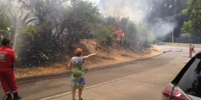 Dos focos de incendio forestal alertaron a vecinos de Las Condes