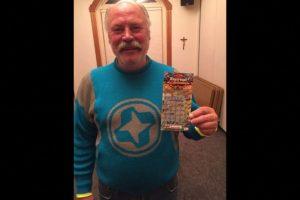 A Michael Engfors le cambió la vida, luego de ganar en la lotería Foto:Aspen Homeless Shelter. Imagen Por: