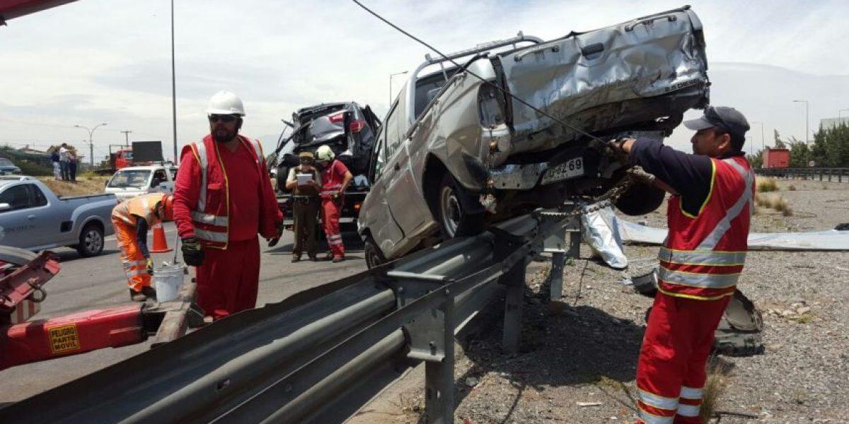 Impresionante accidente involucra a 6 vehículos: hay tres heridos