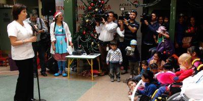 Ministra de Salud entregó mensaje a niños que pasarán Navidad en hospitales