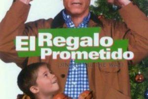 """8- """"El Regalo Prometido"""". La trama se enfoca en la batalla de dos padres por conseguir una figura de acción (Turbo-Man) para sus respectivos hijos, a última hora en víspera de Navidad. Foto:1492 Pictures. Imagen Por:"""