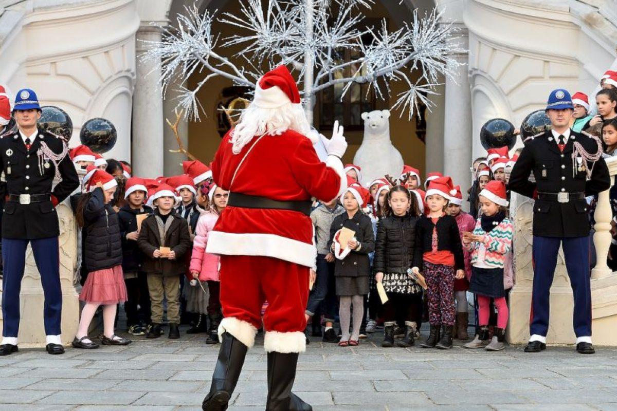"""Con tantos gastos, """"Santa""""decidió robar. Foto:Getty Images. Imagen Por:"""