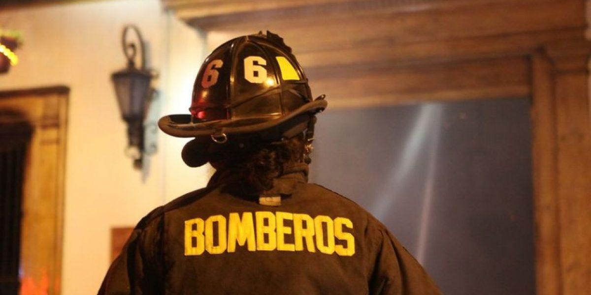 Punta Arenas: incendio consumió dos locales comerciales