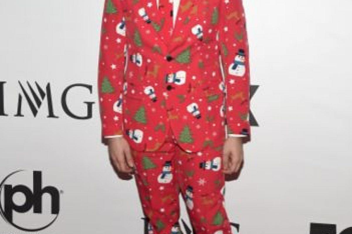 Su traje de Navidad no pudo pasar desapercibido. Foto:Getty Images. Imagen Por: