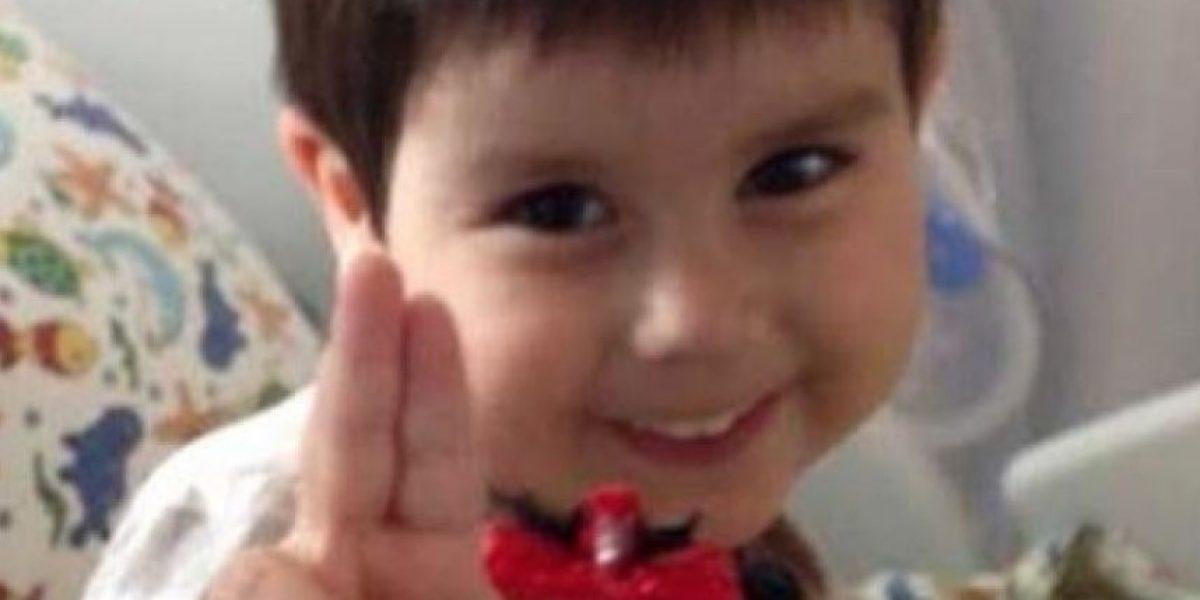 Próximas 48 horas son vitales para León Smith tras implante de corazón artificial