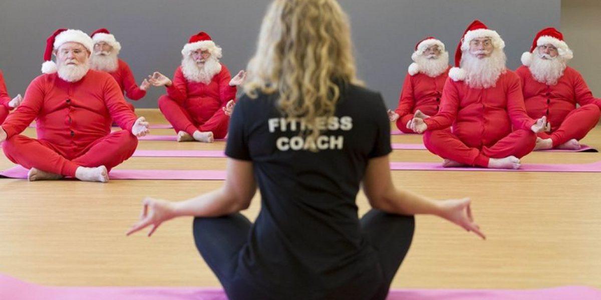 El campo de entrenamiento excéntrico donde Santas tratan de ponerse en forma antes de la Navidad