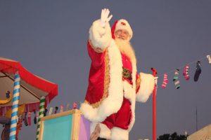El chileno que tiene título de Santa Claus oficial Foto:Gentileza www.viejitopascuero.cl. Imagen Por: