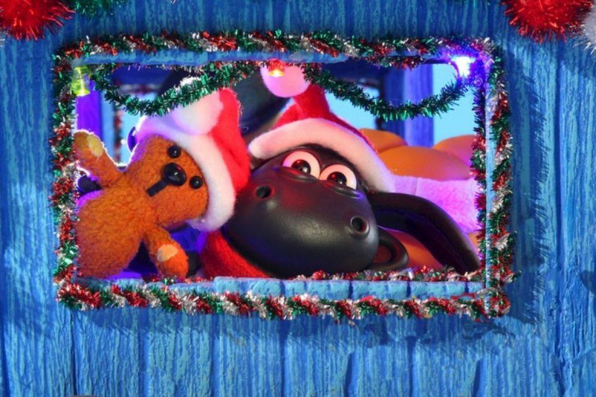 Cuando el jardín de Timmy y sus amigos se llena de nieve un día antes de Navidad, Osbourne y Harriet tienen la oportunidad de crear un ambiente perfecto. Foto:vía Netflix. Imagen Por: