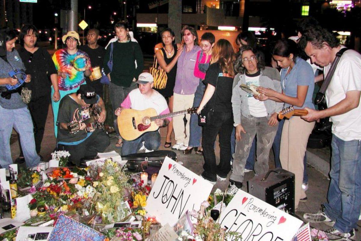 6. Ringo Starr reveló que le gustaban las gominolas, desde entonces las fans les arrojaban ese dulce en cada concierto. Foto:Getty Images. Imagen Por: