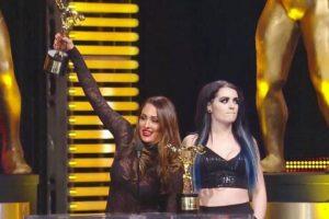 La WWE realizó una parodia de lo que ocurrió en Miss Universo Foto:Vía instagram-com/thenikkibella. Imagen Por:
