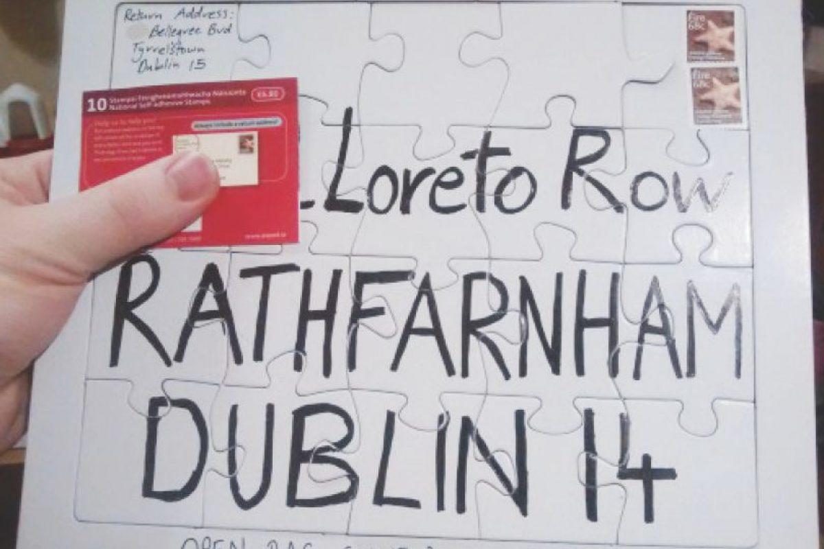 El irlandés David Curran hacía que el servicio postal descifrará las direcciones donde deseaba que llegara su correspondencia. Foto:Twitter. Imagen Por: