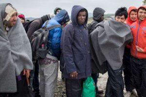 Sin embargo, casi dos meses después, Natasha Bertaud, vocera de la Comisión Europea, dijo en conferencia de prensa que solamente se han ofrecido 854 plazas para refugiados y 86 refugiados han sido reubicados en Europa. Foto:Getty Images. Imagen Por: