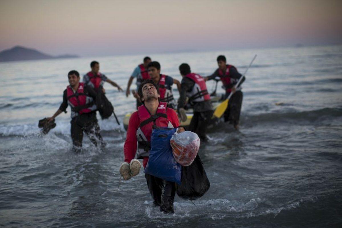 De acuerdo a datos brindados por la Eurostat, de enero a junio más de 670 mil personas viajaron desde países de Medio Oriente y el norte de África, buscando una mejor opción de vida en el viejo mundo. Foto:Getty Images. Imagen Por: