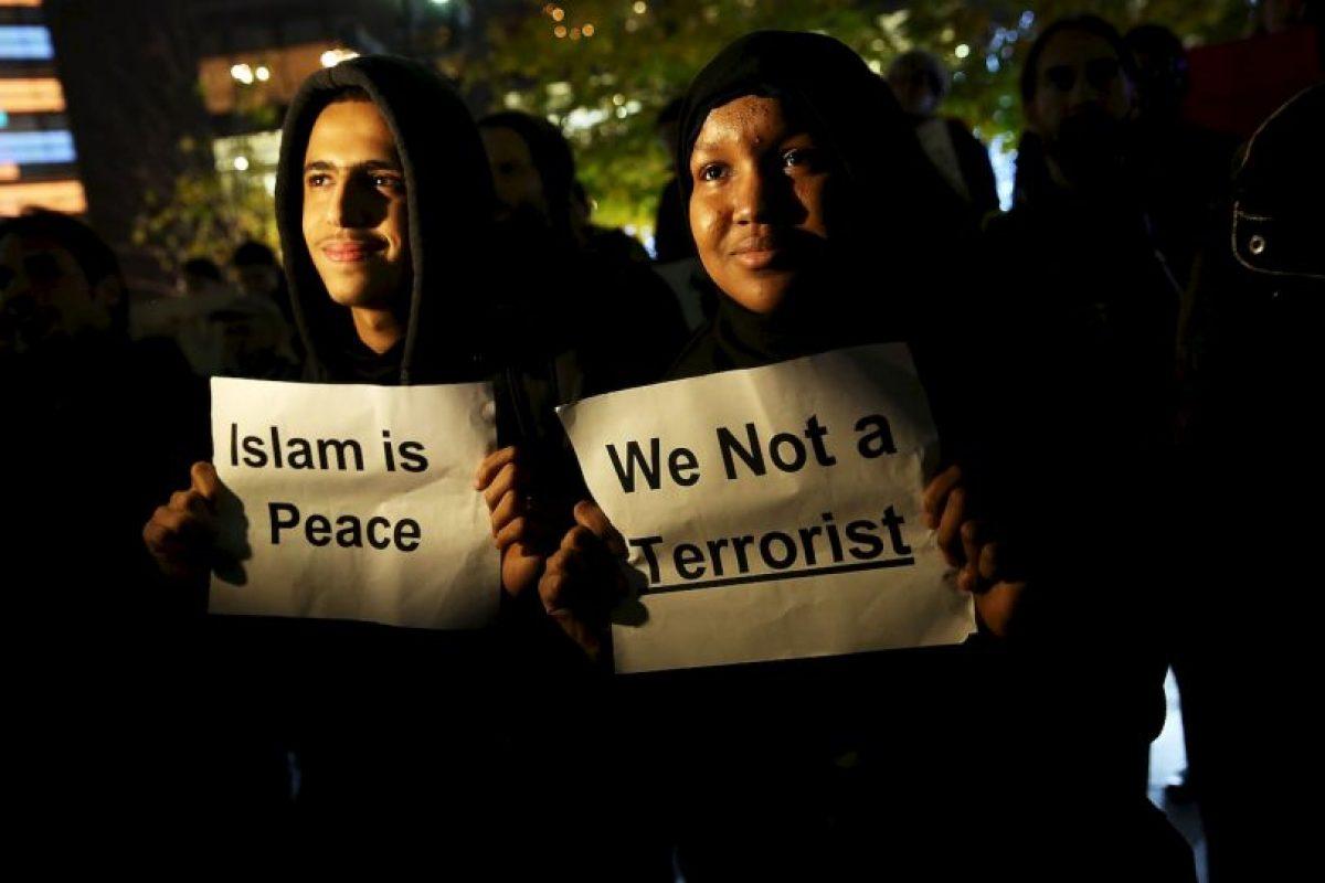 Muchas personas de esta comunidad aseguran que sus creencias en el Islam no tienen nada que ver con los extremistas. Foto:Getty Images. Imagen Por: