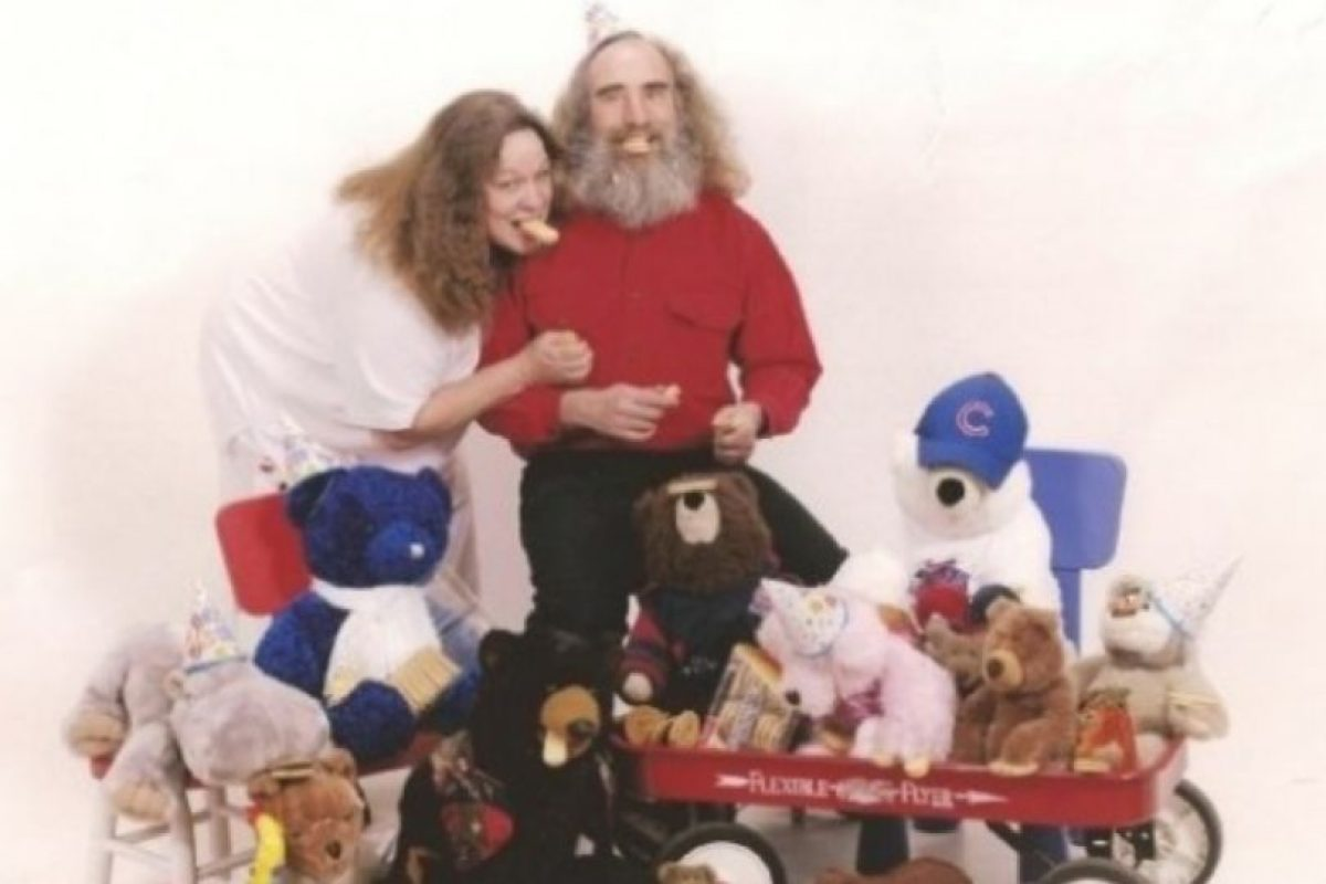 Ellos aman los peluches. Foto:Awkward Family Photos. Imagen Por: