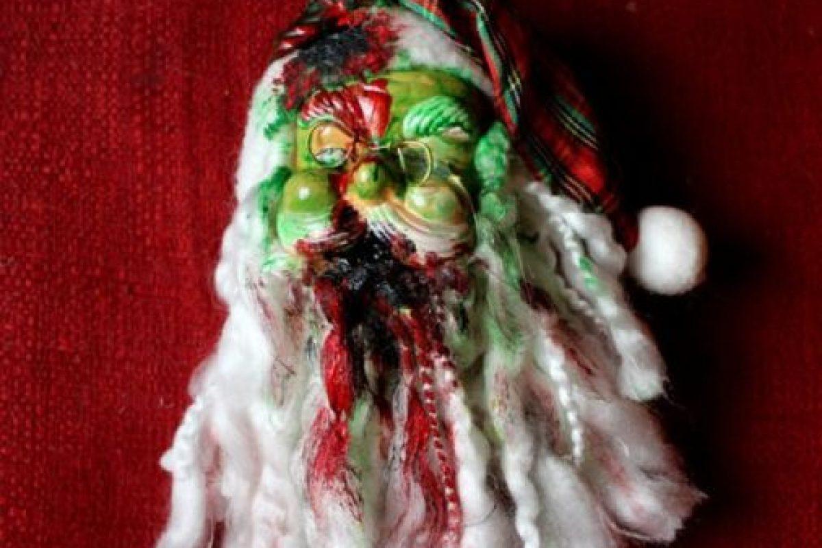 A Santa le hicieron vudú. Foto:Etsy. Imagen Por:
